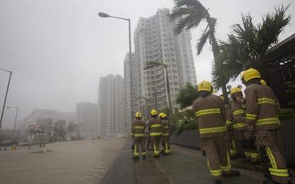 Tifone Mangkhut in Cina: 2 morti. Decine di vittime nelle Filippine