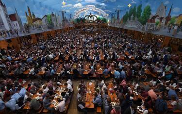 Oktoberfest_GettyImages-854590846