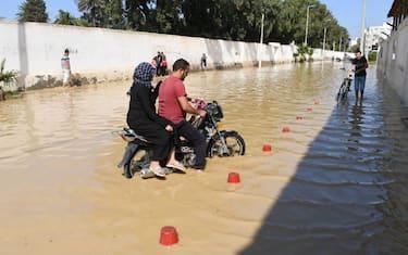GettyImages-Tunisia_allagamenti3