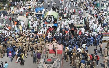 2GettyImages-india_protesta_contadini