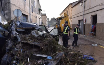 Maiorca devastata dalle piogge: dodici morti