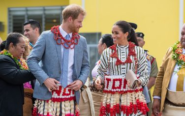 GettyImages-Harry_Meghan_Tonga
