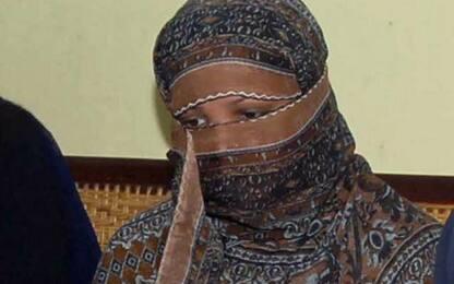 """Pakistan, Asia Bibi è stata scarcerata: """"Trasferita in luogo sicuro"""""""
