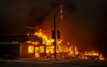 GettyImages_Incendio_California_Paradise4