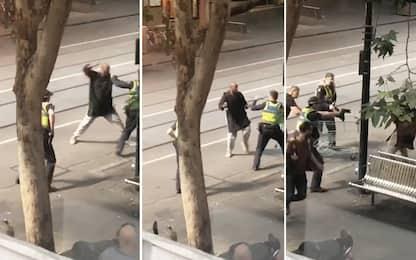 Melbourne, accoltella tre passanti: un morto. Ucciso l'aggressore