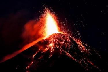 vulcano-eruzione-guatemala-ansa