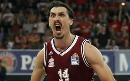 """Il sosia di Ibrahimovic gioca a basket: """"Mi fermano per strada"""""""