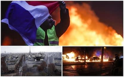 Gilet gialli, scontri a Parigi. FOTO