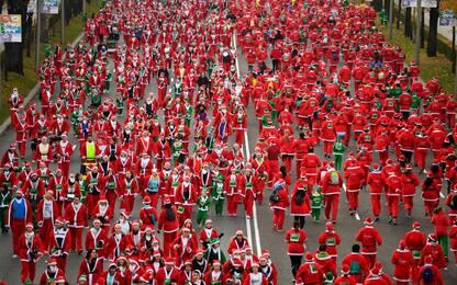 La corsa dei Babbi Natale a Madrid