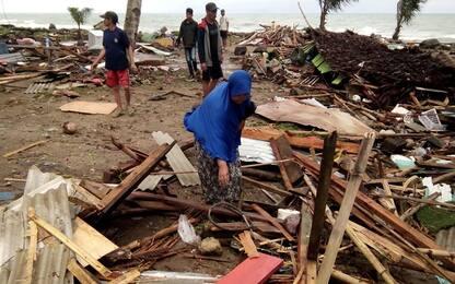 Tsunami in Indonesia, oltre 200 morti e centinaia di feriti
