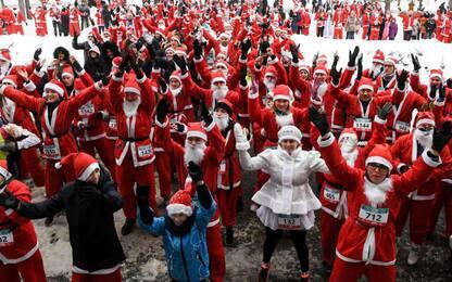 Le maratone in costume da Babbo Natale più curiose nel mondo