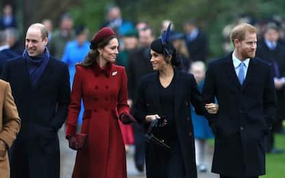 Il natale dei reali inglesi: Kate e Meghan sorridenti