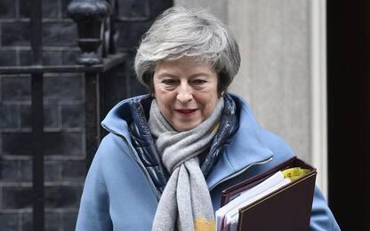 """Brexit, May conferma: """"Gran Bretagna sarà fuori dall'Ue il 29 marzo"""""""