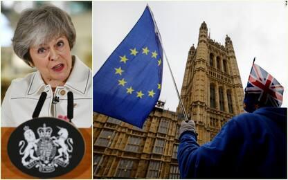 """Brexit, May: """"Attuarla o sarà catastrofe per la democrazia"""""""