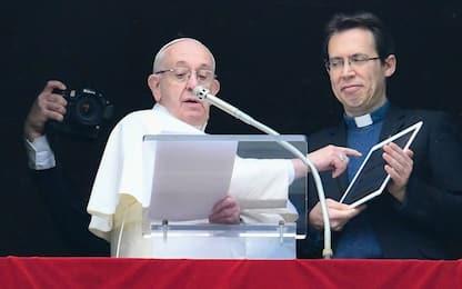 """Papa sui migranti e sull'attacco in Colombia: """"Due dolori nel cuore"""""""