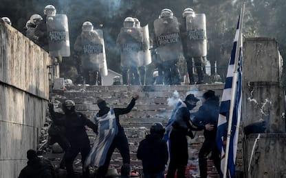 Grecia, migliaia in piazza contro accordo con Macedonia