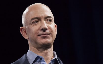 Amazon, Jeff Bezos ha guadagnato 13 miliardi di dollari in un giorno