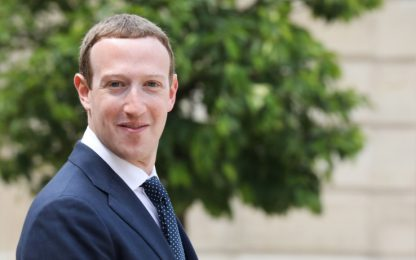 Zuckerberg, patrimonio di 100 miliardi: è il terzo più ricco al mondo