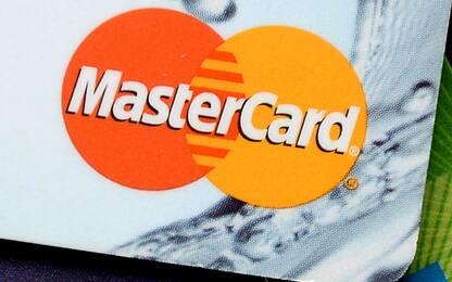 Mastercard e Visa contro Pornhub: bloccati i pagamenti