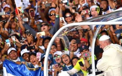 Panama, 200mila giovani accolgono Papa Francesco