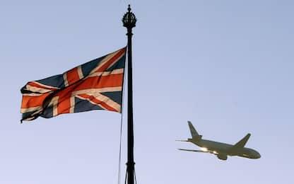 Brexit: May posticipa il voto, Ue pensa a un rinvio al 2021