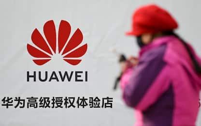 Huawei e 5G, anche il Regno Unito boicotta la società cinese
