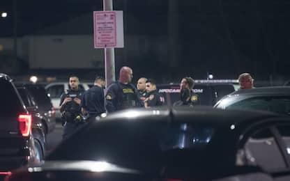 Usa, sparatoria in Texas: uccisi due sospetti, feriti 5 agenti