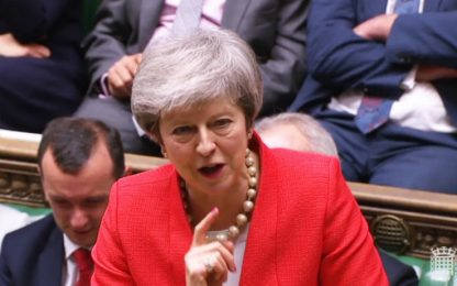 """Brexit, May: senza deal """"nessuno sa cosa potrà succedere"""""""