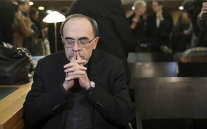Pedofilia: cardinale Barbarin condannato in Francia, si dimette