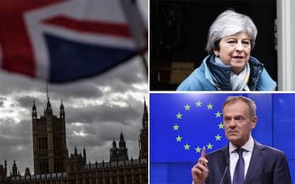 """Brexit, oggi May chiede voto su rinvio. Tusk: """"Ue accetti estensione"""""""
