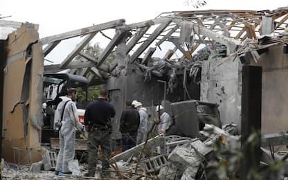 Israele, razzo sparato da Gaza colpisce una casa: feriti