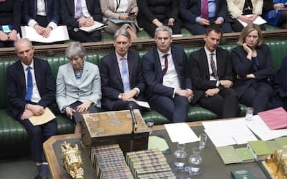 Brexit, stallo a Camera Comuni: bocciate le alternative al piano May