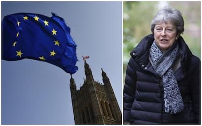 Brexit, bocciati tutti i progetti: no deal più vicino