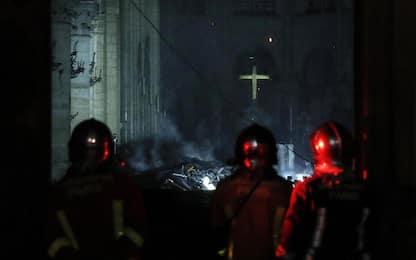 Incendio Notre Dame, le prime foto dall'interno