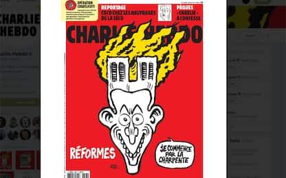 Incendio Notre-Dame, la vignetta macabra di Charlie Hebdo