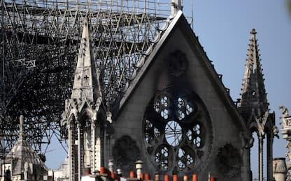 Incendio Notre Dame, gli operai fumavano sulle impalcature