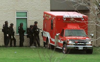 Strage di Columbine: 20 anni fa la sparatoria nel liceo