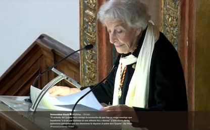 Spagna, a 95 anni vince il premio Cervantes 2018. FOTO