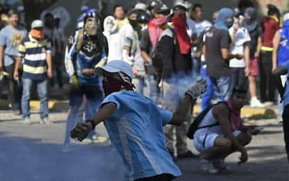 """Venezuela, Mosca agli Usa: """"Gravi conseguenze se interferite"""""""