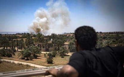 Libia, raid aereo di Haftar su Zawiya: 3 civili uccisi