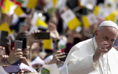 """Papa in Bulgaria: """"Non chiudere porte a chi bussa ai nostri confini"""""""