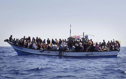 Migranti, naufragio davanti all'isola dei Conigli: proseguono ricerche