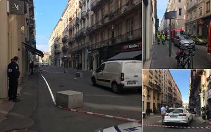 Esplosione a Lione: tredici feriti. Pacco bomba, Macron: è attacco