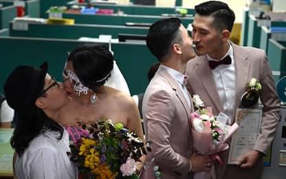 Taiwan, prime nozze gay in Asia dopo l'entrata in vigore della legge