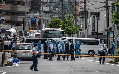 Giappone, accoltella passanti a Tokyo: 2 morti e 17 feriti
