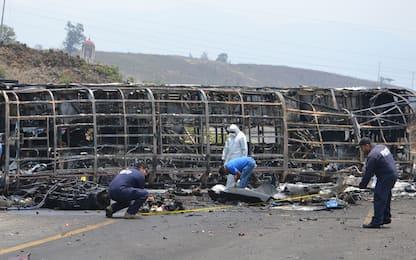 Messico, incidente tra autobus e tir: 23 morti e 30 feriti