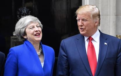 """Trump incontra Theresa May: """"Pronti ad accordo commerciale fenomenale"""""""