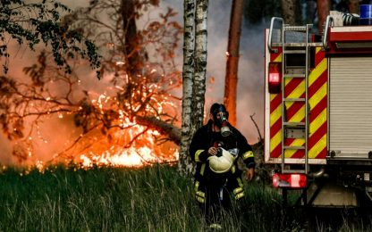 Germania, incendio in una foresta: 600 ettari bruciati