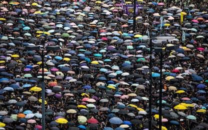 Hong Kong, proteste per ritiro definitivo legge estradizione