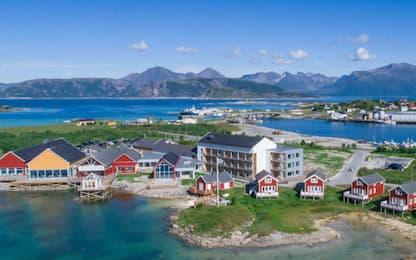 """Sommarøy isola senza tempo, agenzia norvegese: """"È pubblicità"""""""